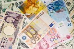 Pengar av världen Arkivbilder