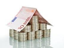 pengar för bankrörelsehusförsäkring Royaltyfria Foton
