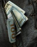 Pengar i din fick- väst 5 Fotografering för Bildbyråer