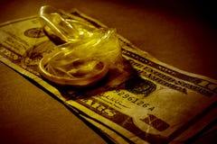 pengar könsbestämmer Arkivfoto