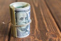 Pengar på skrivbordet royaltyfri fotografi