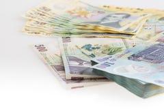Pengar rumänska Leu Stack Arkivfoto