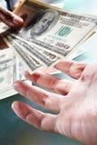pengar som receving Royaltyfri Fotografi
