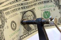 pengar tight arkivbild