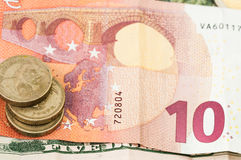 Pengar tio eurodollar Bill Coins Fotografering för Bildbyråer