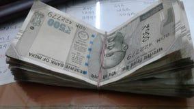 Pengarfrågor royaltyfri bild