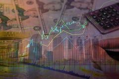Pengarinvestering på egenskap och aktiemarknad med grafisk desig royaltyfri foto
