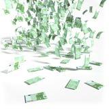 Pengarregn av 100 euroräkningar Arkivfoto