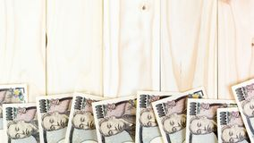 PengarYen Banknote On Vintage Wooden bakgrund Royaltyfria Foton