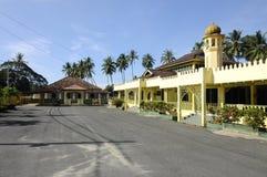 Pengkalan Kakap老和新的清真寺在Merbok,吉打 免版税图库摄影
