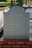 Pengkalan Kakap老清真寺的信息石头在Merbok,吉打 免版税库存照片