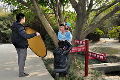 Pengzhou, Κίνα: Μοντέλα πυροβολισμού φωτογράφων Στοκ Εικόνα