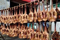 Pengzhou, Κίνα: Ξηρές, πιεσμένες πάπιες Στοκ Εικόνα