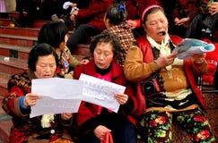 Pengzhou, China: Drie zingende Dames Royalty-vrije Stock Afbeelding