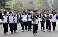 Pengzhou, Cina: Allievi adolescenti della High School Immagini Stock Libere da Diritti