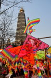 Pengzhou, Cina: Aquiloni & pagoda dell'nuovo anno Fotografie Stock