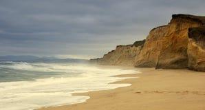 Penhasco do oceano Fotografia de Stock Royalty Free