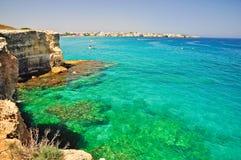Penhasco em Apulia, Italy do dell'Orso de Torre. Imagens de Stock Royalty Free