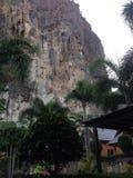 Penhasco no Railay em Krabi Tailândia Fotos de Stock