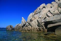 Penhascos - costa de Sardinia Fotografia de Stock