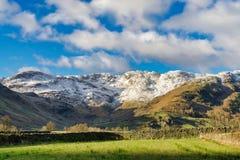 Penhascos de Cringle, uma escala de montanhas no distrito inglês do lago Imagem de Stock Royalty Free
