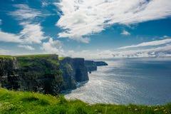 Penhascos de Moher em Ireland Fotos de Stock