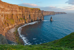Penhascos de Moher no por do sol Imagem de Stock Royalty Free