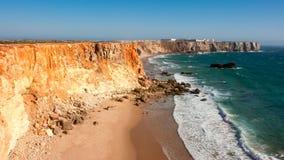 Penhascos de Portugal, oceano Imagens de Stock Royalty Free