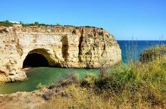 Penhascos do Algarve imagem de stock