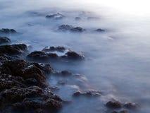 Penhascos do mar imagens de stock