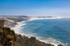 Penhascos na costa atlântica, Marrocos imagem de stock royalty free