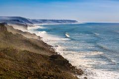 Penhascos na costa atlântica, Marrocos fotos de stock royalty free