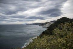 Penhascos na costa de Guipuzcoa Fotos de Stock Royalty Free