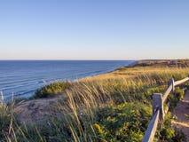 Penhascos nacionais do litoral de Cape Cod em Goldenhour foto de stock royalty free