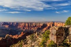 Penhascos orientais de Grand Canyon perto do por do sol Imagem de Stock