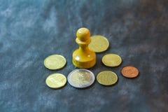 Penhor com moedas Fotografia de Stock Royalty Free