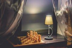 Penhores da xadrez no tabuleiro de xadrez Fotos de Stock