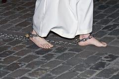 Penitent a piedi nudi. Immagine Stock