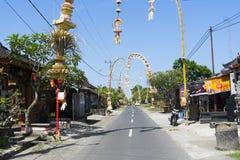 Penjor durante el día de fiesta de Galungan en Bali Imagenes de archivo