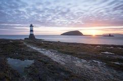 Penmon fyr Wales royaltyfri fotografi