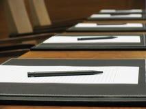 Penna & documento in bianco Immagini Stock