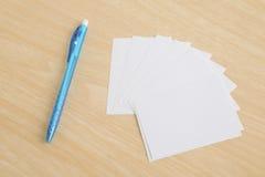 Penna con il documento di nota Fotografia Stock