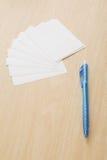 Penna con il documento di nota Immagini Stock