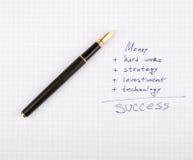 Penna dell'inchiostro sul documento Immagini Stock
