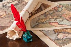 Penna di spoletta e uno strato del papiro fotografia stock libera da diritti