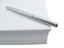 Penna e documento Immagine Stock Libera da Diritti