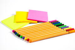 Penna e Post-it Fotografie Stock