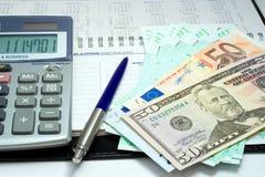 Penna ed euro Immagine Stock