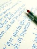 penna för calligraphyhandskriftpapper Royaltyfri Bild