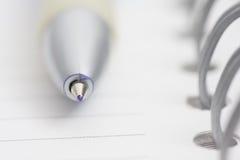 Penna sul taccuino Immagini Stock Libere da Diritti